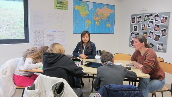 Des élèves à l'écoute des professionnelles de l'agriculture