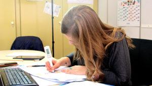Oriane partage son quotidien de chargée de projets chez Enedis.