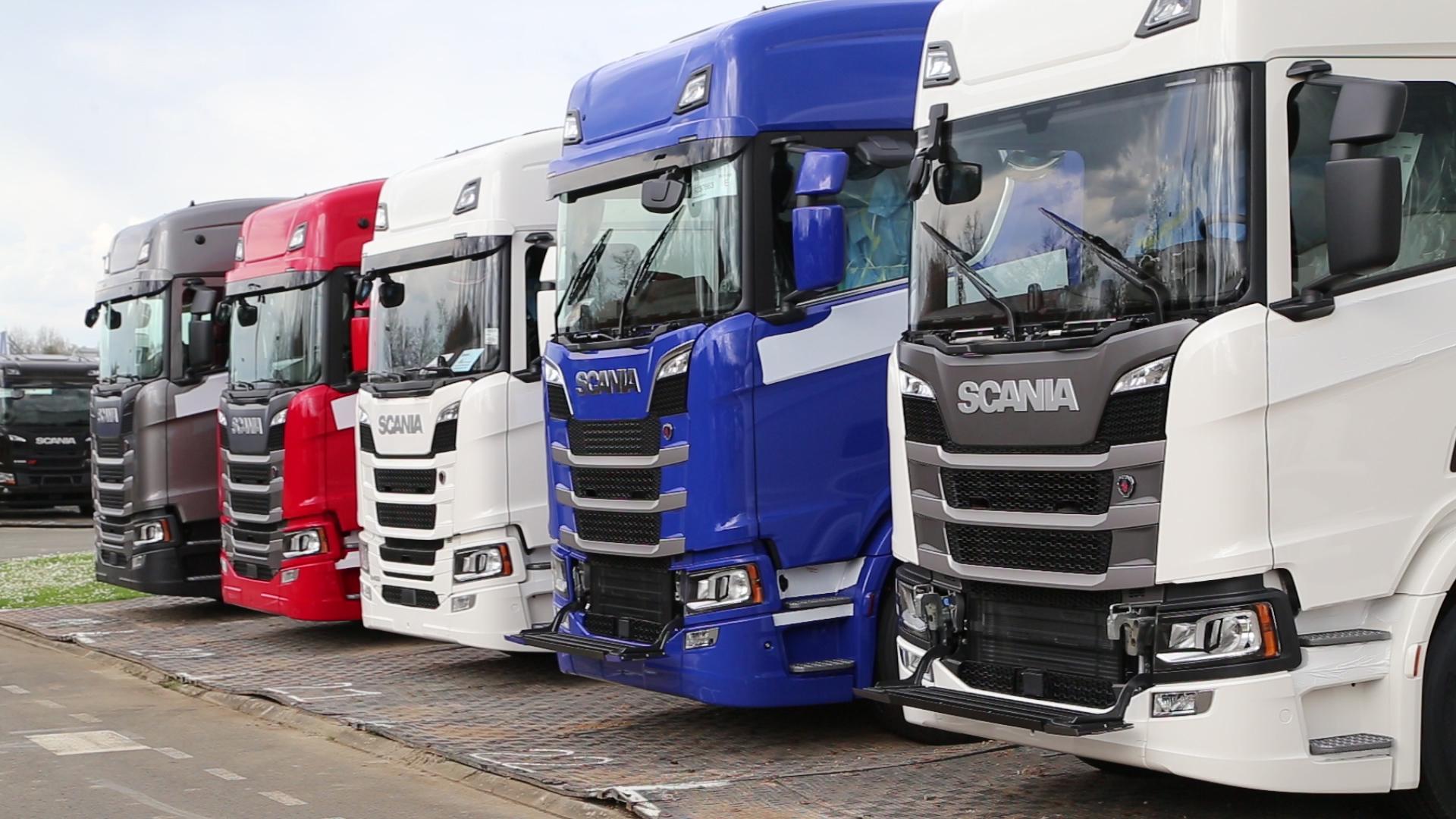Des camions chez Scania Production Angers